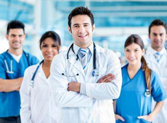 medicos 1 330x244 - Irish Work Permit: agora é a vez dos médicos
