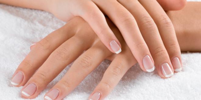 unha dermatologia 660x330 - As Unhas Refletem Doenças E Falta De Vitaminas No Seu Corpo